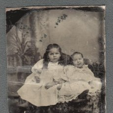 Fotografía antigua: MAGNÍFICA PLACA FERROTIPO TINTYPE DE DOS NIÑAS.USA 1860´S P. Lote 27505385