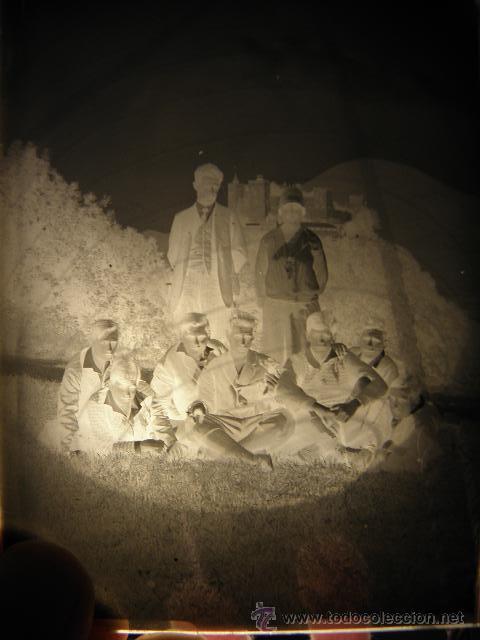 Fotografía antigua: Lote de negativos de fotografias en cristal - caja metalica y paquete original - Foto 7 - 39865793