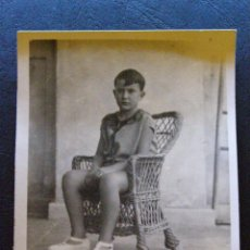 Fotografía antigua: MUY ANTIGUA FOTOGRAFIA - LA MOSTRADA - CON SUS MEJORES GALAS - SEGÚN MAMÁ -. Lote 41197803