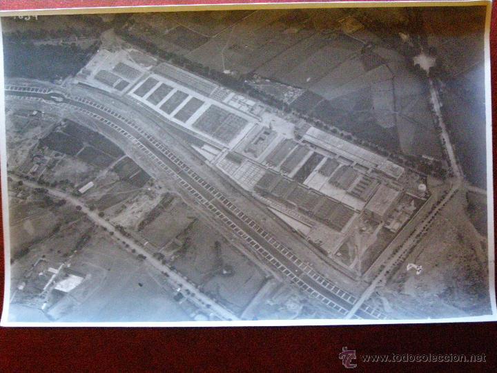 ANTIGUA FOTOGRAFIA AEREA - NUEVOS MATADEROS - MADRID LEGAZPI - AÑOS 1923-24 - 11 X 17 CM. (Fotografía Antigua - Ambrotipos, Daguerrotipos y Ferrotipos)