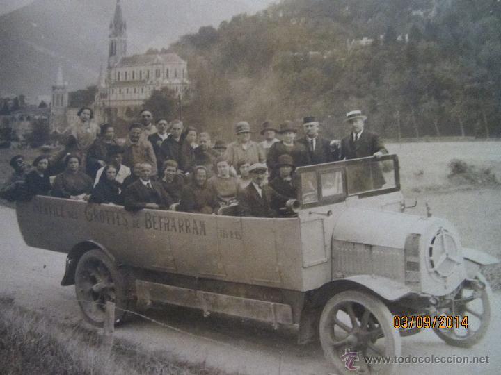 Fotografía antigua: Antigua Fotografia de Autobus Descapotable del Servicio GROTTES de BETHARRAM - Año 1930s. - Foto 2 - 45097565