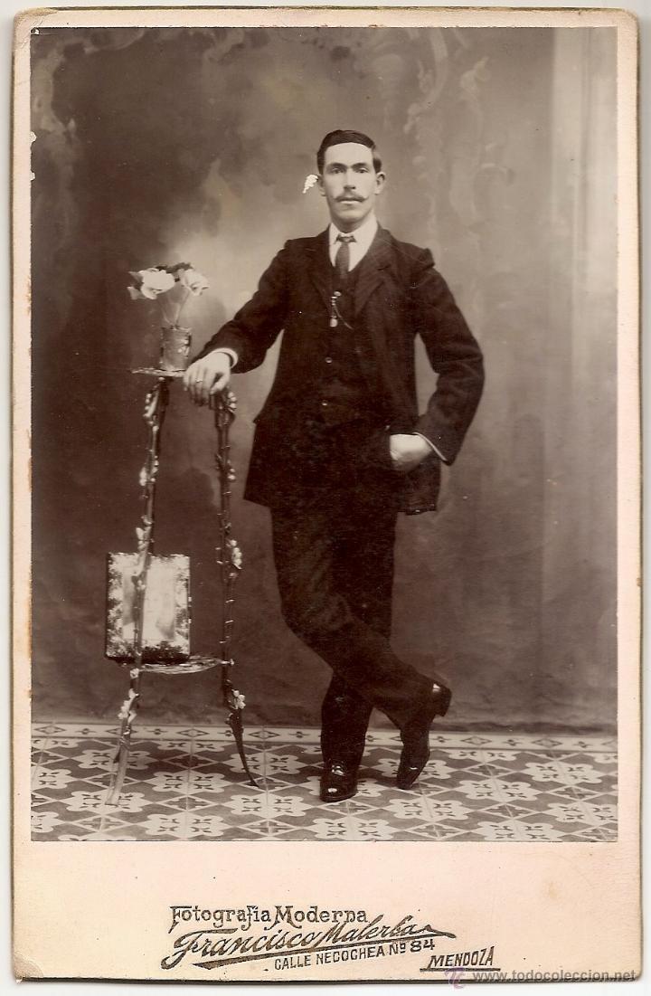 ANTIGUA FOTOGRAFÍA DE HOMBRE - FOTOGRAFÍA MODERNA FRANCISCO MALERBA DE MENDOZA (ARGENTINA) (Fotografía Antigua - Ambrotipos, Daguerrotipos y Ferrotipos)