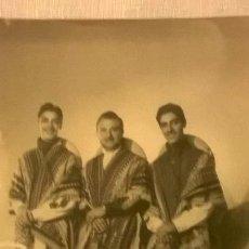 Fotografía antigua: FOTO DE TRIO MUSICAL DESCONOCIDO TOMADA POR BIXIO - ARGENTINA - ORIGINAL CERTFICADA. Lote 50585883