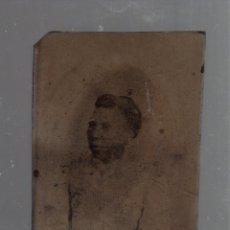 Fotografía antigua: FERROTIPO DE UNA SEÑORA DE COLOR. 6 X 8CM. Lote 56382266