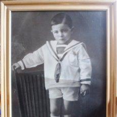 Fotografía antigua: ANTIGUA FOTOGRAFIA DE J. CASTRO. 36 X 50. MARCO DE MADERA DE 1928.. Lote 56503493