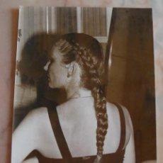 Fotografía antigua: (TC-4) FOTOGRAFIA PELUQUERIA PEINADO AÑOS 80. Lote 57717801