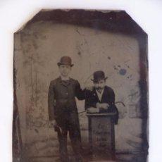 Fotografía antigua: DAGUERROTIPO, ALEMANIA, 1902. FECHADO EN LA IMAGEN. DOS CABALLEROS.. Lote 62443320
