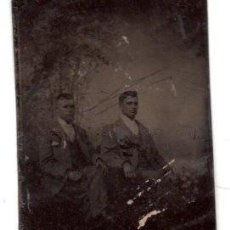 Fotografía antigua: ANTIGUA FOTOGRAFIA ,FERROTIPO,DOS HOMBRES, 10.5 X 6.5 CM.. Lote 74201359