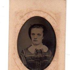 Fotografía antigua: ANTIGUA FOTOGRAFIA ,FERROTIPO,BUSTO DE MUCHACHA, 10.5 X 5.5 CM.. Lote 74202883