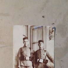 Fotografía antigua: FOTO ANTIGUA ,GUERRA DE MARRUECOS, SOLDADOS ANTES DE SALIR PARA MELILLA. 1921. Lote 77513573