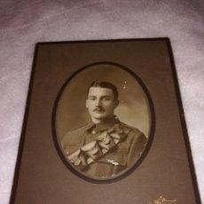 Fotografía antigua: FOTO ANTIGUA, 1942, DE UN OFICIAL INGLES. Lote 107804711
