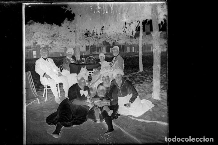 FOTOGRAFIA: NEGATIVO SOBRE CRISTAL PRINCIPIOS SIGLO XX-CATALUNYA- BARCELONA FAMILIA (Fotografía Antigua - Ambrotipos, Daguerrotipos y Ferrotipos)