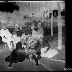 Fotografía antigua: FOTOGRAFIA: NEGATIVO SOBRE CRISTAL PRINCIPIOS SIGLO XX-CATALUNYA- BARCELONA FAMILIA. Lote 135016646