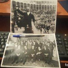 Fotografía antigua: EL POLITICO MELQUIADES ALVAREZ EN UN MITIN Y CON MIEMBROS DE SU PARTIDO, 24 X 18 CM . Lote 143898410