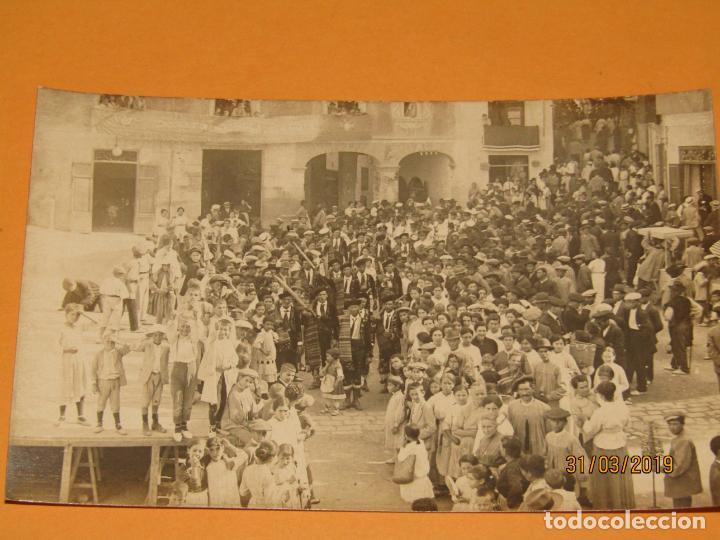 Fotografía antigua: Antigua Fotografía MOROS Y CRISTIANOS en ONTENIENTE Ontinyent Contrabandistas ? - Final Siglo XIX - Foto 2 - 157912674
