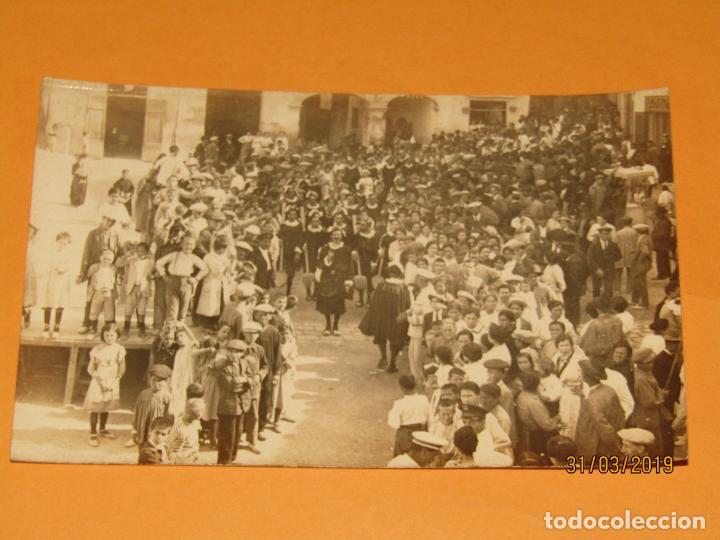 ANTIGUA FOTOGRAFÍA MOROS Y CRISTIANOS EN ONTENIENTE ONTINYENT ESTUDIANTES - FINAL SIGLO XIX (Fotografía Antigua - Ambrotipos, Daguerrotipos y Ferrotipos)