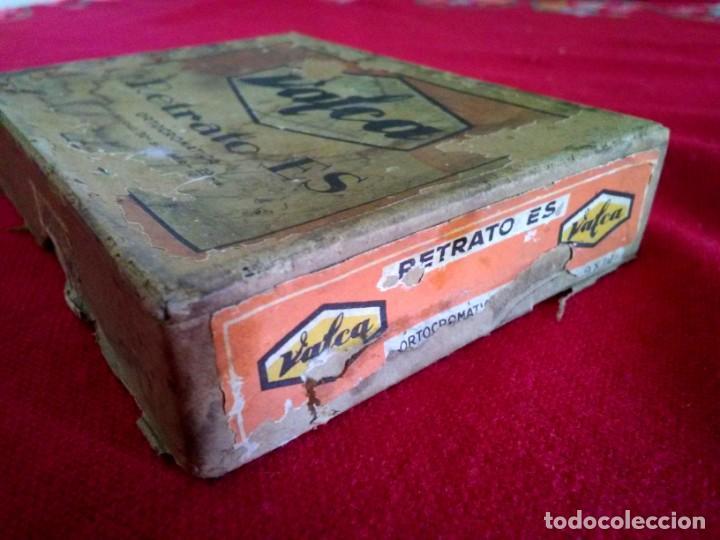 Fotografía antigua: Caja antigua de placas de negativos de cristal - Foto 2 - 164268626