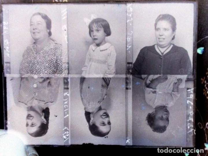 Fotografía antigua: Caja antigua de placas de negativos de cristal - Foto 15 - 164268626