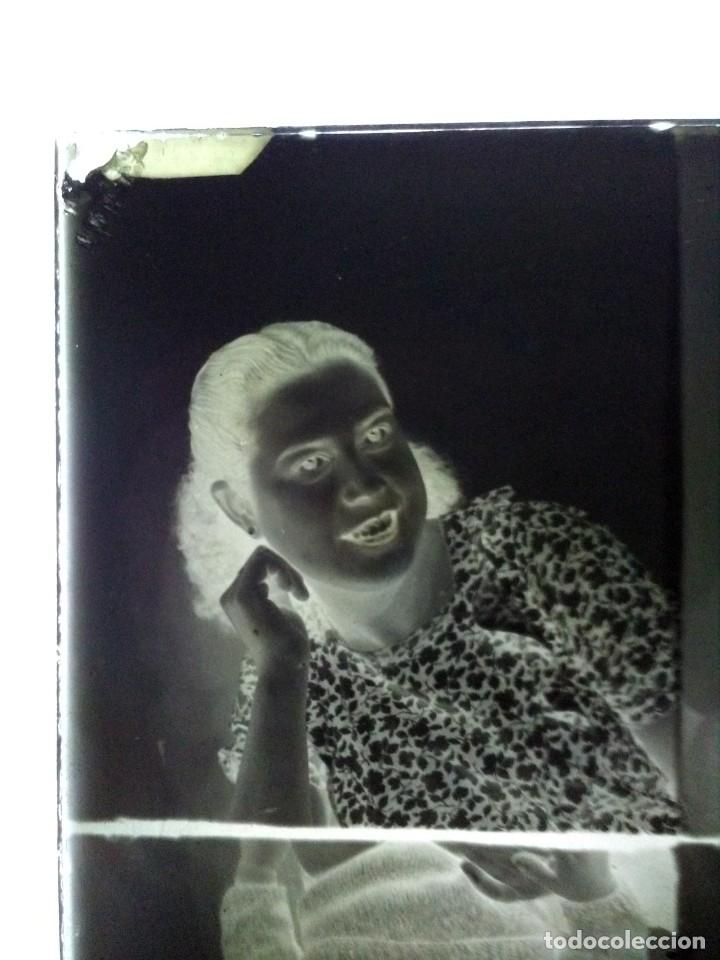 Fotografía antigua: Caja antigua de placas de negativos de cristal - Foto 16 - 164268626