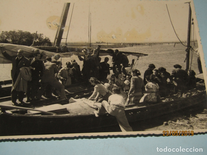 Fotografía antigua: Antigua Fotografía de FINEZAS Fallas de Valencia *SÓ QUÉLO* Comida en el Perelló - Año 1949 - Foto 2 - 165653538