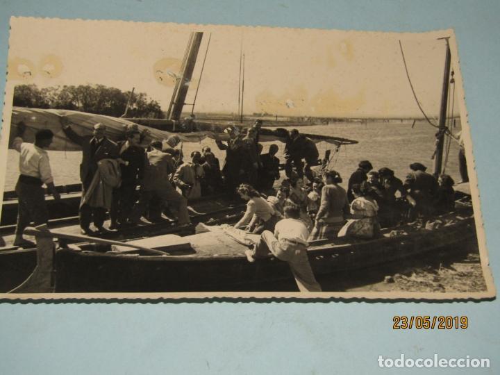 ANTIGUA FOTOGRAFÍA DE FINEZAS FALLAS DE VALENCIA *SÓ QUÉLO* COMIDA EN EL PERELLÓ - AÑO 1949 (Fotografía Antigua - Ambrotipos, Daguerrotipos y Ferrotipos)