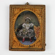 Fotografía antigua: AMBROTIPO DE NIÑA ILUMINADO, FOTO: BELLO Y DELMONTE, HABANA, CUBA. CA.1850.. Lote 183830133