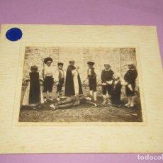 Fotografía antigua: ANTIGUA FOTOGRAFÍA ORIGINAL ACTO DE MOROS Y CRISTIANOS EN BOCAIRENTE - AÑO 1900-1920S.. Lote 184084878