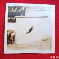 Fotografía antigua: FOTO LORA DEL RIO SEVILLA PUENTE SOBRE EL GUADALQUIVIR NOVIEMBRE 1929. Lote 191113445