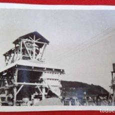 Fotografía antigua: FOTO DE SAN ESTEBAN DE PRAVIA ATURIAS, MACHACADORA , MARZO 1930. Lote 191194168