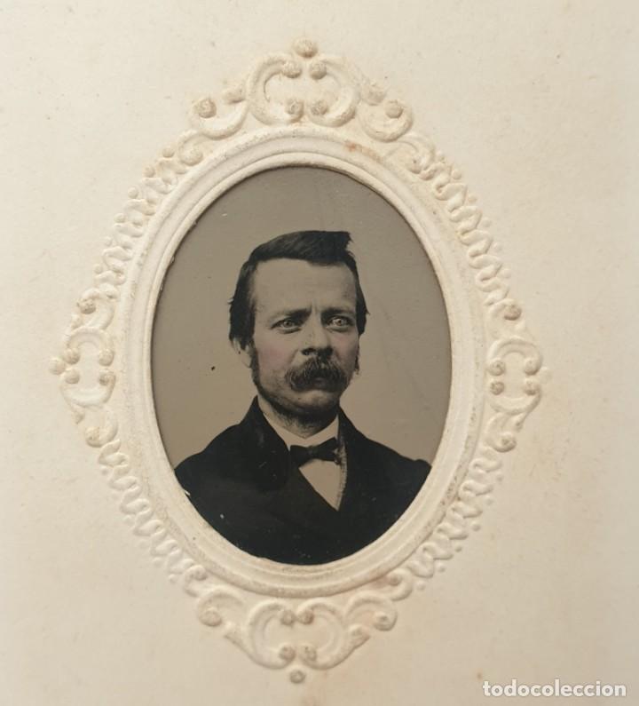 Fotografía antigua: RARO FERROTIPO TIPO CDV CON SELLO DE IMPUESTO DE GUERRA EPOCA GUERRA CIVIL AMERICANA USA - Foto 2 - 192133293