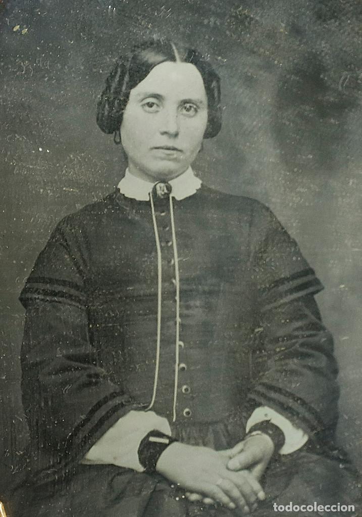 Fotografía antigua: DAGUERREOTIPO DE JOVEN, ca.1850. Estuche: 8,3x9,5 cm. - Foto 3 - 217924106