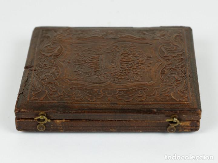 Fotografía antigua: DAGUERREOTIPO DE JOVEN, ca.1850. Estuche: 8,3x9,5 cm. - Foto 6 - 217924106