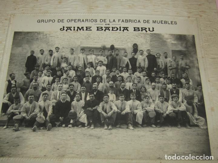 Fotografía antigua: Antigua Fotografía de Gran Tamaño Grupo de Operarios Fábrica de Muebles de JAIME BADIA BRU - 1920s. - Foto 5 - 219703378