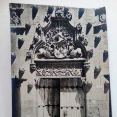 Fotografía antigua: FOTOGRAFÍA ANTIGUA DE SALAMANCA - PUERTA DE LA CASA DE LAS CONCHAS. Lote 222256400
