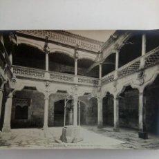 Fotografía antigua: FOTOGRAFÍA ANTIGUA DE SALAMANCA - PATIO DE LA CASA DE LAS CONCHAS. Lote 222256620