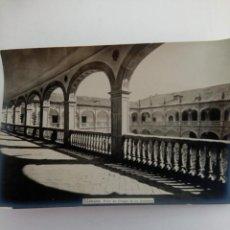 Fotografía antigua: FOTOGRAFÍA ANTIGUA DE SALAMANCA - PATIO DEL COLEGIO DE LOS IRLANDESES. Lote 222256831