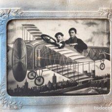 Fotografía antigua: FOTOGRAFÍA ANTIGUA, FERROTIPO, DAGUERROTIPO.. SOBREVOLÁNDO VALENCIA.. (H.1900?). Lote 260801515