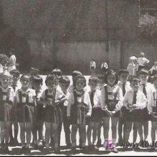 Fotografía antigua: ESCOLARES POSANDO - 10.3 X 7 CM.-. Lote 18100108