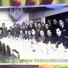 Fotografía antigua: REUNIÓN DE MILITARES AÑOS 50-60.NUÑO FOTÓGRAFO(MADRID).18X12 CMS. Lote 23226289