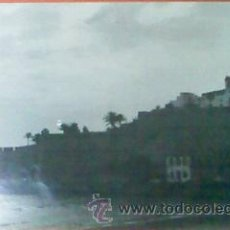 Fotografía antigua: ANTIGUA FOTOGRAFIA COSTA DE LAREDO. BLANCO Y NEGRO. 24 X 30 CM. ORIGINAL.. Lote 28225756