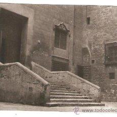 Fotografía antigua: BARCELONA. ESCALA DE LA PORTA PRINCIPAL DE SANTA CLARA. 16 MAIG 1936. Lote 30451011