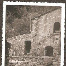 Fotografía antigua: FIGARÓ. SANTA EUGENIA . CORRALS DEL MAS. ANY 1954. Lote 30734640