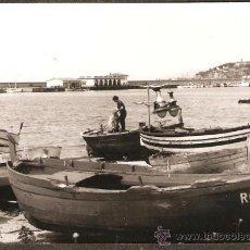 Fotografía antigua: ARENYS DE MAR. BARQUES. ANY 1965. Lote 30759516