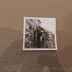 Fotografía antigua: VALENCIA FOTOGRAFIA FALLA 1971-3º PREMIO CABALGATA DEL NINOT 9X9 CM. . Lote 30849837