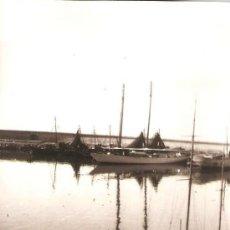 Fotografía antigua: ARENYS DE MAR. EL PORT. ANY 1955. Lote 32190515