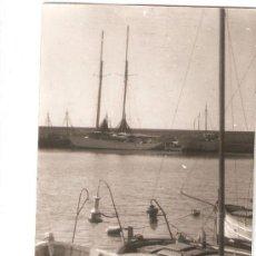 Fotografía antigua: ARENYS DE MAR. EL PORT. ANY 1955. Lote 33258281