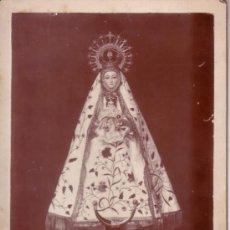 Fotografía antigua: FOTOGRAFIA ANTIGUA DE UNA VIRGEN - DESCONOZCO QUE IMAGEN ES - 12.5X17.5 CM . Lote 34418476