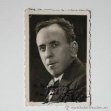 Fotografía antigua: FOTOGRAFÍA DE JOSE MARIA FERNANDEZ PIÑAR ROCHA (TORRES MOLINA, GRANADA, 1934) FIRMADA Y DEDICADA!!. Lote 36258443