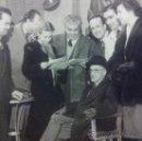 Fotografía antigua: FOTOGRAFIAS DE DON JACINTO BENAVENTE CON ACTORES 1948/1949. Lote 36594909
