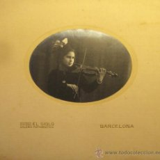 Fotografía antigua: FOTOGRAFIA NIÑA CON VIOLIN. GALERIA FOTOGRAFICA ALMACENES EL SIGLO. BARCELONA.. Lote 37026250